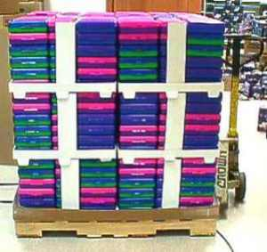 BTS pallet composed of 2 half-pallet component sets
